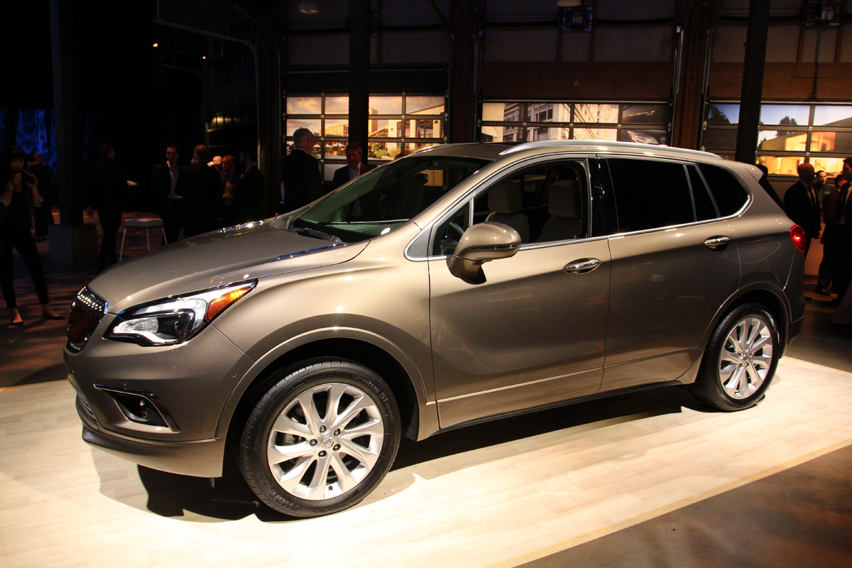 first look 2016 buick envision autoverdict. Black Bedroom Furniture Sets. Home Design Ideas