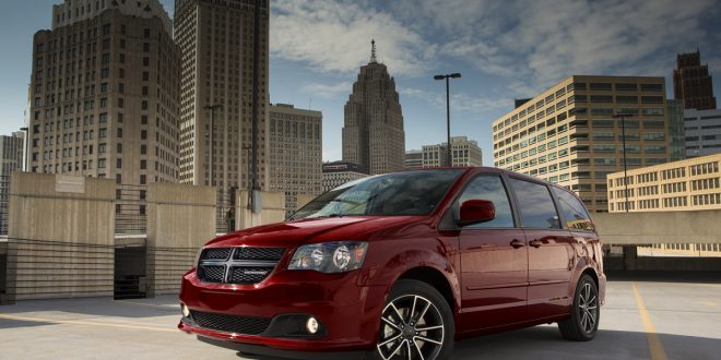 Dodge Grand Caravan Hangs Around For 2017 With Lower Price