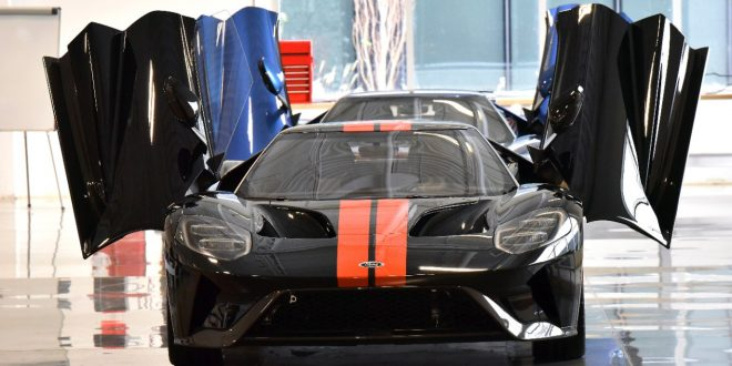 Ford GT Deliveries Begin Just In Time For Christmas