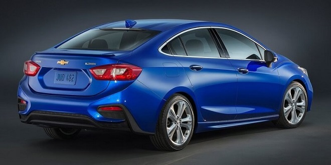 Cruze Diesel Could Be First Non-Hybrid to Reach 50 mpg Highway Mileage in 30 Years
