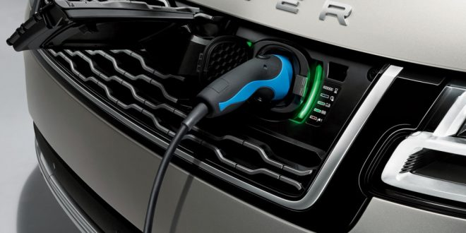 2019 Land Rover Range Rover Gets Plugged In