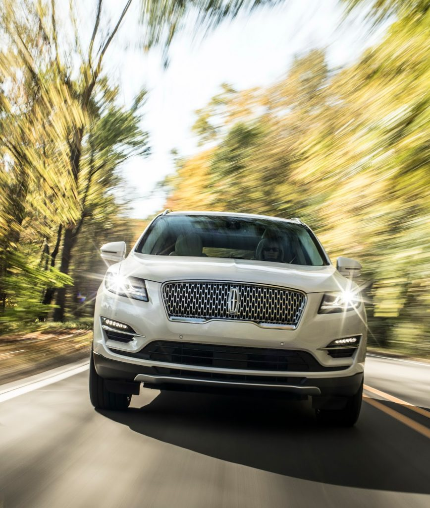 2019 Lincoln MKC Bows With New Face | AutoVerdict