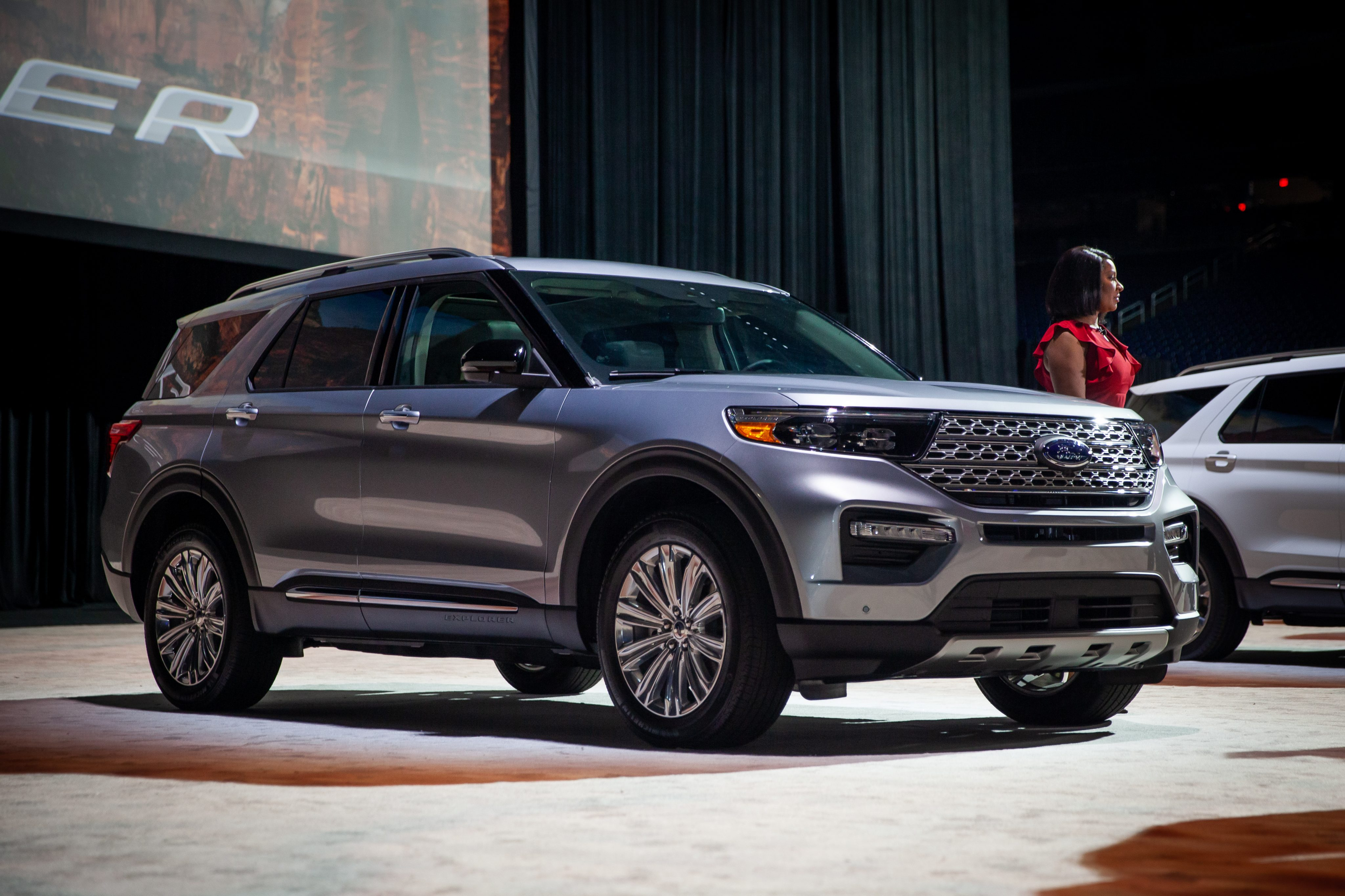 New Ford Explorer >> 2020 Ford Explorer Debuts Ahead of NAIAS | AutoVerdict