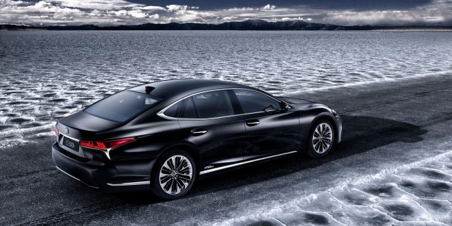 Lexus Considering Electric, Fuel Cell Power for LS Sedan