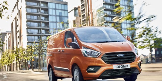 Ford Reveals New Transit Custom