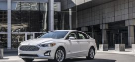 2019 Ford Fusion Goes Under the Knife, Gains Standard Features