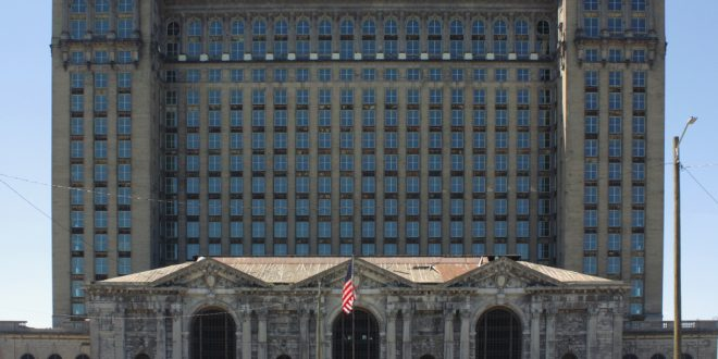 Report: Ford Looking to Buy, Redevelop Michigan Central Station