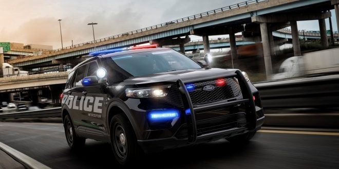 2020 Ford Police Interceptor Utility Hybrid Aims to Save Money
