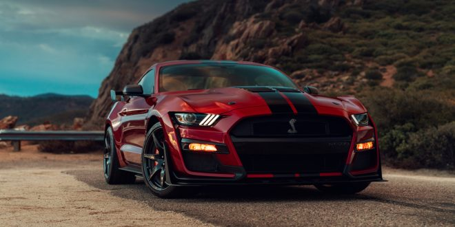 2020 Ford Mustang Shelby GT500 Debuts, Packing 700-HP